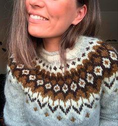 Fair Isle Knitting Patterns, Knitting Paterns, Knitting Stitches, Knitting Designs, Knitting Projects, Girls Sweaters, Wool Sweaters, Autumn Winter Fashion, Christmas Sweaters