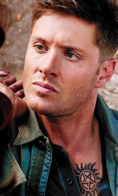 Ok, i am usually a Castiel/ Sam girl...but good...lord... #Supernatural #Dean Winchester