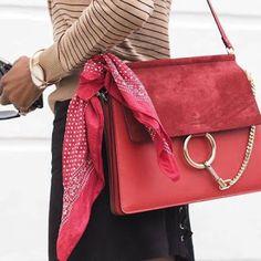 Olá Amores!!! Acabei de subir uma dica bem legal lá no blog. Vem conferir!!! Sigam também: Instagram: @devoltaparaamoda Snapchat: devoltapramoda Google plus: https://plus.google.com/117552870560835800115/posts  #devoltaparaamoda #consultoriadeimagemeestilo #estilo #fashion #moda #inspiração #tendências #dicadaconsultora   https://www.facebook.com/DeVoltaParaAModa