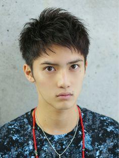 【LIPPS原宿】鉄板ベリーショート/LIPPS 原宿 【リップス ハラジュク】をご紹介。2017年春の最新ヘアスタイルを100万点以上掲載!ミディアム、ショート、ボブなど豊富な条件でヘアスタイル・髪型・アレンジをチェック。 Asian Men Hairstyle, Men's Hairstyle, Japanese Boy, Boy Hairstyles, Haircuts For Men, The Man, Portrait Photography, Salons, Hair Cuts