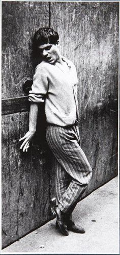 Joan Colom, in the red-light district of Barcelona's famous Barrio Chino Spanish Eyes, Brassai, Barcelona City, Red Light District, Man Ray, Photography Awards, National Photography, Statue, Black And White