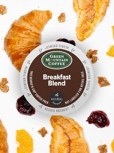 With its depth and crisp citrus flavor, Green Mountain Coffee Breakfast Blend Coffee will make you love enjoying breakfast all day long! Coffee Pack, Coffee K Cups, Coffee Drinks, Coffee Shop, Green Mountain Coffee, Crisp, Tea, Breakfast, Ethnic Recipes