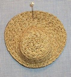 how to: miniature straw hats