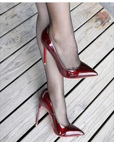 "9615789ea02 Heelzmania on Instagram  ""Courtesy  xiongyuanyuan968  louboutin  highheels   swag  sexyheels  fashion  fashionista  trend  classy  clothes  shoes  heels  ..."