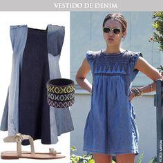 Vestido en denim para los días de sol con sandalias nude y pulseras de color >> www.tiendafucsia.co