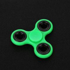 Fidget Spinner - Kids Hand Tri-Spinner