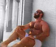Daddy getting hammered by muscle massage therapist