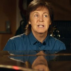 Paul McCartney Plays for Stars in 'Queenie Eye'