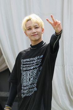 [GOING SEVENTEEN] EP.19 Dive into TTT #2 (Water Sports Ver.) #세븐틴 #SEVENTEEN #GOING_SVT #carat #twitter #pledis17 Seventeen Going Seventeen, Jeonghan Seventeen, Woozi, Wonwoo, Choi Hansol, Nine Months, Pledis 17, Pledis Entertainment, Seungkwan