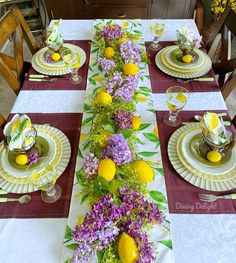 Decoration Table, Table Centerpieces, Purple Placemats, Easter Table, Easter Decor, Beautiful Table Settings, Cool Tables, Partys, Deco Table