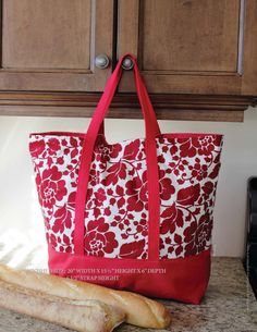 The Martha Market Bag- Free Pattern!  by ithinksew
