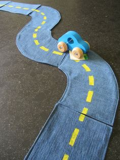 DIY - Toys made of old jeans