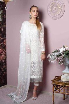 Net Dresses Pakistani, Pakistani Dress Design, Pakistani Outfits, Pakistani Ladies Dress, Pakistani White Dress, Shalwar Kameez Pakistani, Beautiful Pakistani Dresses, Pakistani Bridal, Dress Indian Style