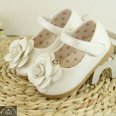 Beautifully designed, these love white rose girls sandals do not actually need any particular   dress as a combination. They are so adorable that they add style to whatever your Barbie doll wears.