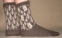 Ravelry: Project Gallery for Fair Owl Socks (german) pattern by Friederike Erbslein