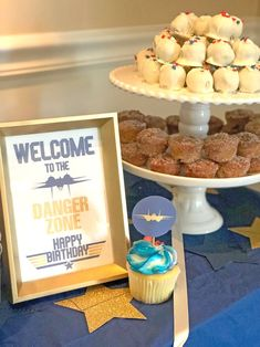 Blue and Gold Fighter Jet Party Decorations    #topgunparty #blueandgoldtopgunparty #feeltheneedforspeed Party Favor Bags, Favor Tags, Top Gun Party, Unique Party Themes, Cupcake Display, Food Tent, Family Costumes, Retirement Parties, Gold Top