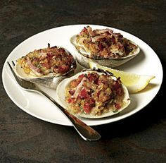 Classic Clams Casino by Fine Cooking. This iconic-bacon topped appetizer takes only about 30 minutes to make and would be an elegant starter for a dinner party. Clam Recipes, Seafood Recipes, Appetizer Recipes, Cooking Recipes, Seafood Meals, Cooking Fish, Party Appetizers, Asian Recipes, Seafood Dishes