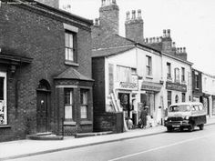 The view across the road from our shop on Old Church St, Newton Heath towards the White Lion Pub.Can you believe it was just for a pint of mild in 20 Pints for Manchester Library, Manchester Hotels, Manchester Uk, East Street, Street View, White Lion Images, Street Pictures, Today Images, My Family History