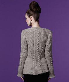 Best 12 Nala Cardi Knitting pattern by – SkillOfKing. Cardigan Pattern, Jacket Pattern, Knitting Designs, Knitting Patterns, Big Knit Blanket, Jumbo Yarn, Big Knits, Knit In The Round, Pulls
