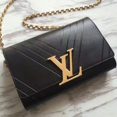 Louis Vuitton Pochette Louise GM M54113 M54230 M54233. 2017 Louis Vuitton Handbag Collection.  / Luxury #Louis #Vuitton #Handbags