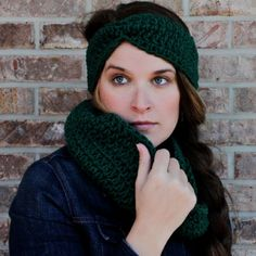 Easy cinched crochet ear warmer pattern that is perfect for beginners... thanks so for share xox