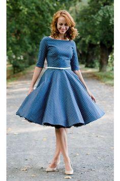 ADELE retro šaty denim s puntíkem   lodičkový výstřih 3/4 rukáv kolová sukně pásek s ozdobnou sponou délka sukně 60 cm, zip na zádech