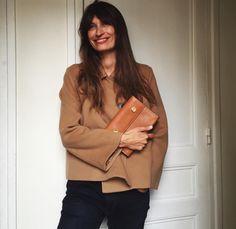 caroline de maigret Golden Eyes, Emmanuelle Alt, Fashion Editor, Leather Jacket, Clothes For Women, Chic, Instagram Posts, Jackets, Bags