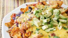 Rezept: Überbackene Tortilla-Chips mit Hähnchen und Avocado