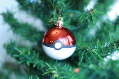 Pokeball Christmas Ornament by StringTheorie on Etsy