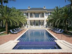 Classic elegance for the pool...