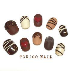 nail tips colors Purple Colored Nail Tips, Kawaii Nail Art, Valentine Nail Art, Almond Shape Nails, Minimalist Nails, Heart Nails, Gel Nail Designs, Gorgeous Nails, Holiday Nails