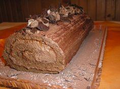 Čokoládová roláda Christmas Treats, Food And Drink, Bread, Baking, Drinks, Sweet, Recipes, Swiss Rolls, Cakes