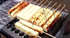 Da série: comida de festa junina  Queijo Coalho (Grilled cheese on sticks)