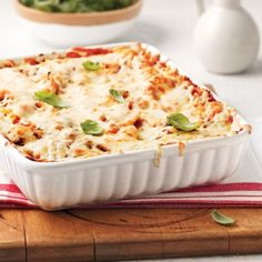 Lasagne à la courge et aux épinards - Recettes - Cuisine et nutrition - Pratico Pratique Italian Table, Pasta, Tofu, Squash, Mashed Potatoes, Macaroni And Cheese, Veggies, Fruit, Healthy