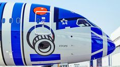 Star Wars Jets – Fluglinie ANA im Droidenlook Aviation Humor, Civil Aviation, Ana Airlines, Airplane Humor, Airplane Painting, War Jet, Plane Photos, Boeing Aircraft, Air Photo