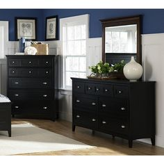 South Hampton Dresser, Mirror and Chest