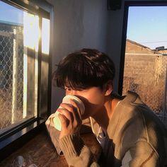Wants some coffee or me? Korean Boys Ulzzang, Ulzzang Couple, Ulzzang Boy, Korean Men, Cute Asian Guys, Cute Korean Boys, Asian Boys, Cute Guys, Aesthetic Boy