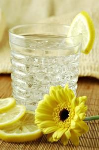 Health benefits of drinking lemon water in the morning...includes weight loss, cleanses liver, blood sugar stability and more!  Who knew?!