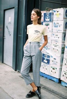 T-shirt: le fashion image, blogger, cropped pants, graphic tee - Wheretoget