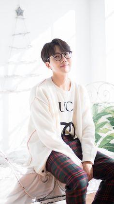 BTS Wallpapers — BTS Christmas Wallpapers 🎄 Jimin, Jungkook Jeon, Kim Taehyung, Yoongi, Bts Bangtan Boy, Jung Hoseok, Gwangju, Seokjin, K Pop