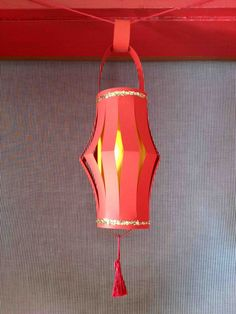 Chinese New Year craft for kids: Paper Lanterns