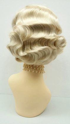 Finger Curls, Finger Wave Hair, Finger Waves, Blonde Curls, Short Blonde, Wig Styles, Curly Hair Styles, Vintage Curls, Vintage Style