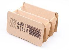 Egg Box, Eva Valicsek, redesigned egg box, cardboard egg box, revamped eggbox, cool eggbox, cool card box, egg container, recyclable egg box