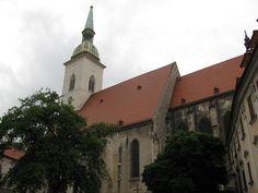 . Bratislava, San Francisco Ferry, Mansions, House Styles, Building, Travel, Home, Viajes, Manor Houses