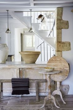 This Cotswold cottage has been transformed into a modern rustic dream home Take a tour of the natural textures, time-worn antiques and simple rustic treasures French Country Interiors, Rustic Home Interiors, Cottage Interiors, French Country Style, French Country Decorating, Cotswold Cottage Interior, Cotswold Cottages, Rustic Homes, Rustic Cottage Decorating