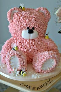 Pinner said:My present cake - This little bear I did after watching a online course with Paul Bradford. Love this for a baby shower! Pretty Cakes, Cute Cakes, Bolo Glamour, Present Cake, Cupcakes Decorados, Teddy Bear Cakes, Teddy Bears, Party Food Themes, Novelty Cakes
