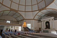 Interior da Igreja de Engel em Alajärvi, Finlândia. Projetada por Carl Ludvig Engel (1836-1841). Fair Grounds, Temples, Interiors