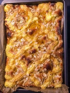 Butter cake with pudding and cream - Kuchen - Beef Recipes, Baking Recipes, Snack Recipes, Dessert Recipes, Pudding Desserts, Pudding Cake, Zucchini Chips Recipe, Pie Co, German Baking