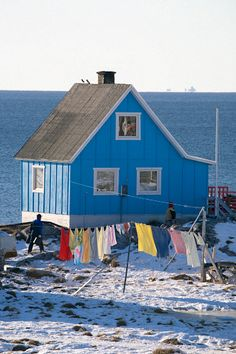 an Inuit home in the village of iliminaq on the south side of the ilulissat Icefiord | west greenland | foto: bryan & cherry alexander