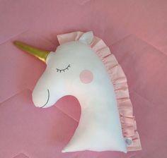 Resultado de imagem para almofadas unicornio patchwork